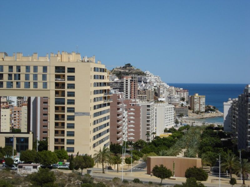 Located 5 minutes away from the blue flag beach of La Cala Bay and all amenities.